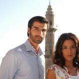 Cansu Dere y Mehmet Akif Alakurt dan vida a Sila y Boran, protagonistas de 'Sila'