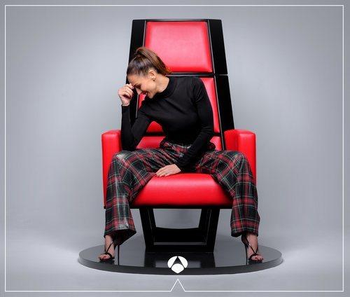 Eva González, en el sillón de los coaches de 'La Voz'
