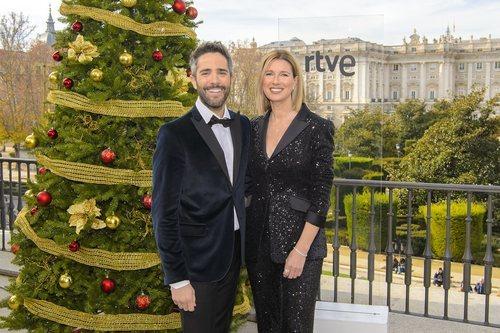 Roberto Leal y Anne Igartiburu presentarán las 'Campanadas 2019' en TVE