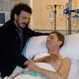 Pope visita a Charlie en el hospital en 'El comisario'
