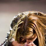 Amaia Salamanca besa a Miguel Ángel Silvestre antes de morir en 'Sin tetas no hay paraíso'