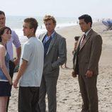Patrick Jane en la playa en 'El mentalista'
