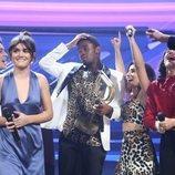 Famous celebrando su victoria junto a sus compañeros en la Gala Final de 'OT 2018'