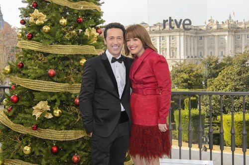 Jacob Petrus y Marta Solano, presentadores de la Gala 'Inocente,Inocente' 2018