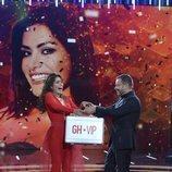 Miriam Saavedra gana 'GH VIP 6' y recibe el maletín de la mano de Jorge Javier Vázquez