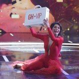 Miriam Saavedra junto al maletín en la final de 'GH VIP 6'