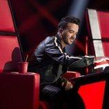 Luis Fonsi aprieta el pulsador como coach en 'La Voz'