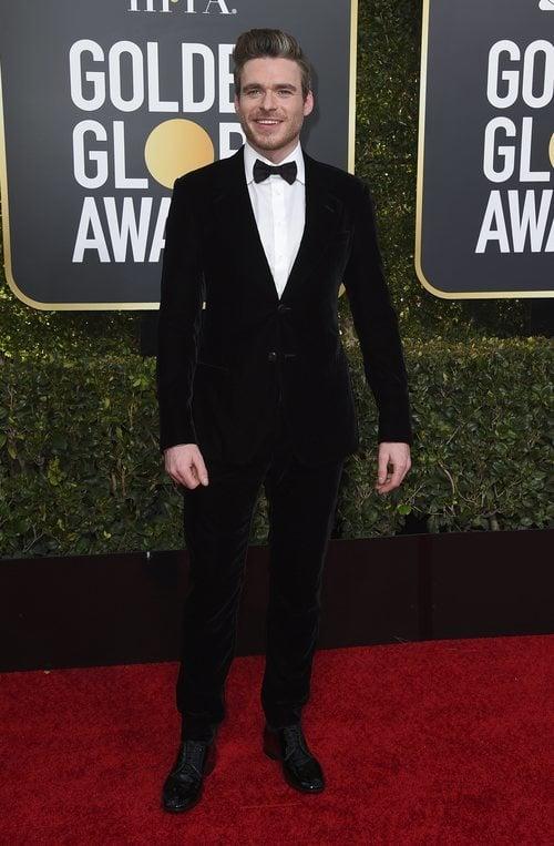 Richard Madden en la alfombra roja de los Globos de Oro 2019