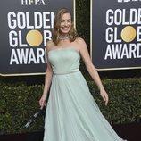 Yvonne Strahovski en la alfombra roja de los Globos de Oro 2019