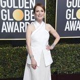Julianne Moore en la alfombra roja de los Globos de Oro 2019