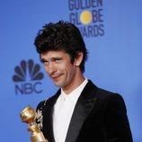 Ben Whishaw, ganador del Globo de Oro 2019 a Mejor Actor Secundario