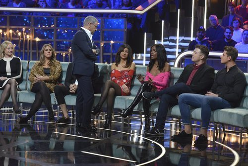 Jorge Javier Vázquez y los familiares en la gala 1 de 'GH Dúo'