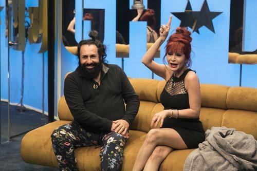 Juan Miguel y Yurena nominando durante la gala 2 de 'GH Dúo'