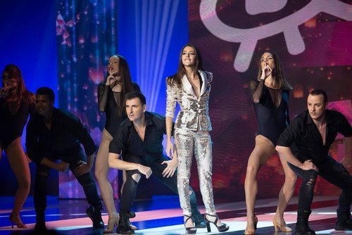 Ana Guerra en el escenario de los Premios Forqué 2019