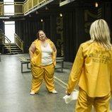 Goya se encuentra con Macarena en los pasillos de 'Vis a vis' en la cuarta temporada