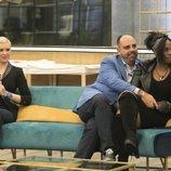 Julio Ruz abrazando a Carolina Sobe en la gala 4 de 'GH Dúo'
