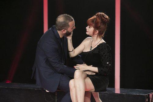 Antonio Tejado y Yurena apoyándose en la gala 4 de 'GH Dúo'