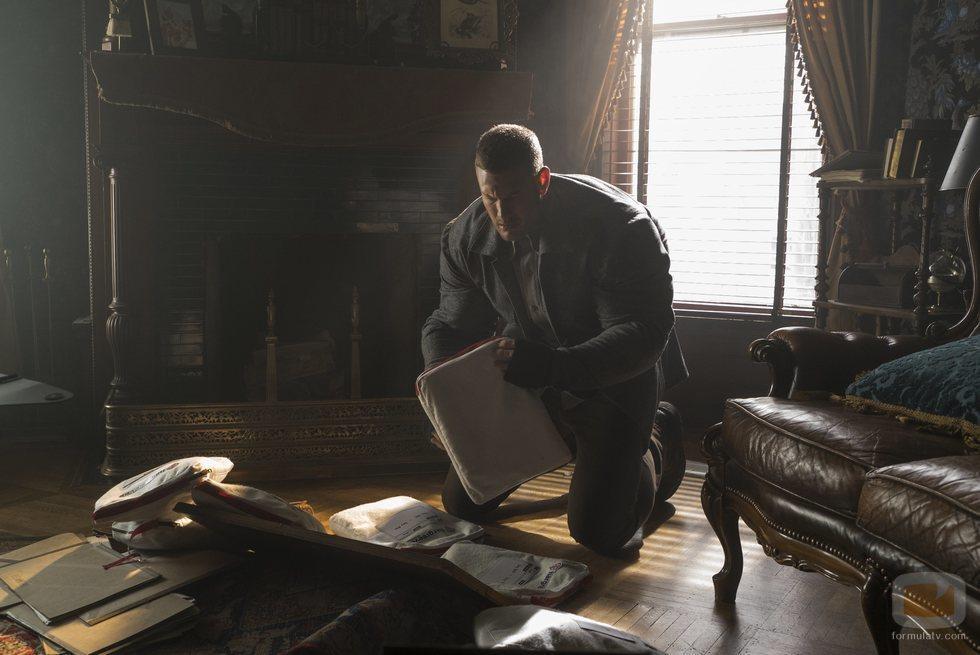 Tom Hopper interpreta a Luther Hargreeves en 'The Umbrella Academy'