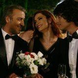 Selim, Ender y Mert forman la familia Serez en 'Medcezir'
