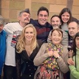 Laura Caballero y el elenco de 'La que se avecina' en el rodaje de la temporada 12