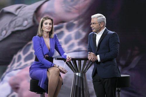 Jorge Javier Vázquez entrevista a Candela Acevedo como expulsada en la Gala 5 de 'GH Dúo'