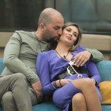 Antonio Tejado y Candela Acevedo abrazados en la Gala 5 de 'Gh Dúo'