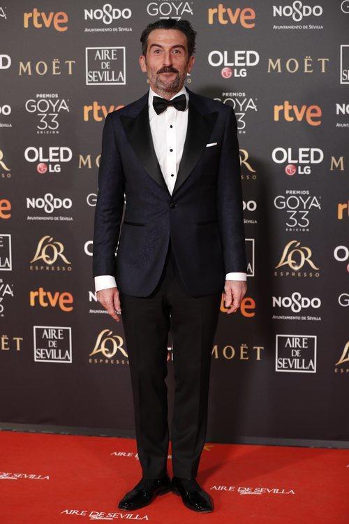 Luis Zahera posa en la alfombra roja de los Premios Goya 2019