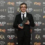 """Alberto del Campo de """"El reino"""" con su Goya 2019 a Mejor montaje"""
