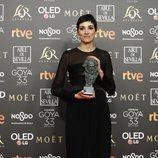Isabel Peña con su Goya 2019 a Mejor guion original por