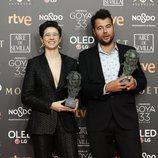 """Laura Pedro y Lluís Rivera con su Goya 2019 a Mejores efectos especiales por """"Superlópez"""""""