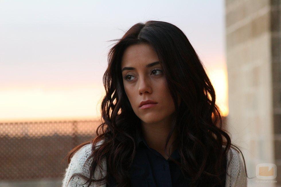 Cansu Dere encarna a Sila, la protagonista de la telenovela 'Sila'