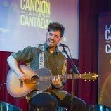 Roi Méndez pone voz a un tema en la primera gala de 'La mejor canción jamás cantada'