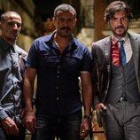 Nene, Isak Férriz y Daniel Grao durante la segunda temporada de 'Gigantes'