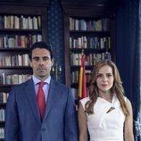 Emmanuel Esparza y Miryam Gallego en la serie 'Secretos de Estado'