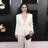 Emily Hampshire, en la alfombra roja de los Premios Grammy 2019
