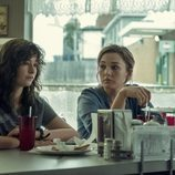 Ashleigh Cummings y Virginia Kull en 'NOS4A2'