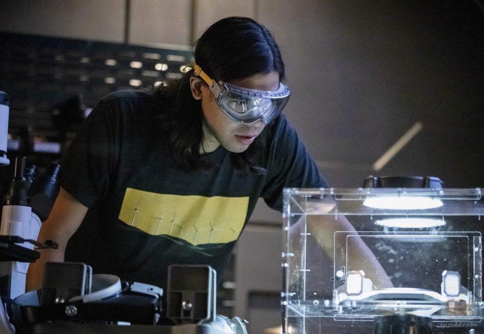 Carlos Valdes en la quinta temporada de 'The Flash', de The CW