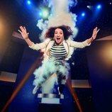 Silvia Abril volando por los aires en 'Juego de juegos'