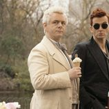 Michael Sheen y David Tennant interpretan a un ángel y un demonio en 'Good Omens'
