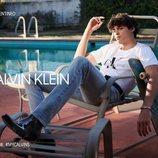 Noah Centineo, estrella protagonista de un anuncio de Calvin Klein