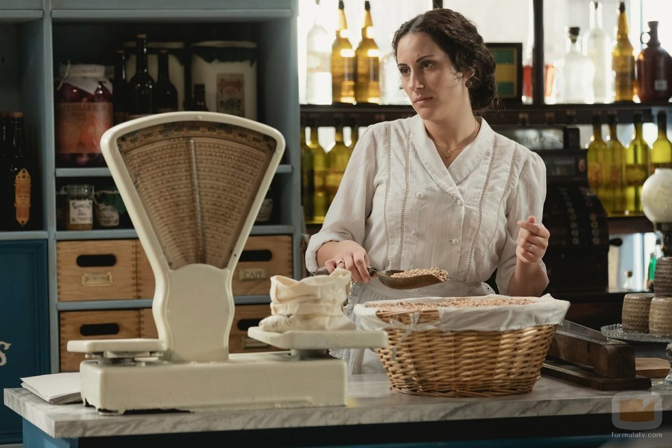 Lolita abre una mantequería en la quinta temporada de 'Acacias 38'