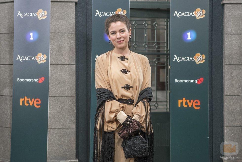 Clara Garrido es Genoveva en 'Acacias 38'