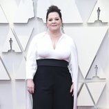 Melissa McCarthy en la alfombra roja de los Oscar 2019