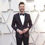 Ryan Seacrest en la alfombra roja de los Oscar 2019