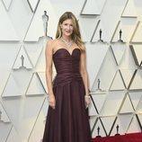 Laura Dern en la alfombra roja de los Oscar 2019