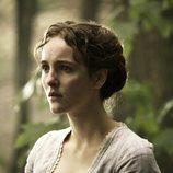 Ann Skelly es Beth Winters en 'Death and Nightingales'