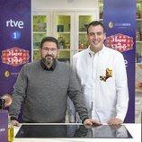 Dani García y Antonio Romero en la presentación de 'Hacer de Comer'