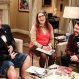 Kevin Smith, Mayim Bialik y Wil Wheaton en el rodaje de la última tempora de 'The Big Bang Theory'