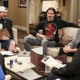 Kevin Smith, Joe Manganiello y Wil Wheaton en el rodaje de la última temporada de 'The Big Bang Theory'