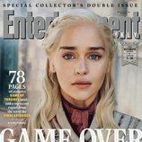 Emilia Clarke como Daenerys Targaryen de 'Juego de Tronos' en la revista EW